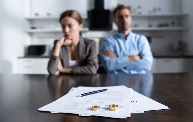 divorce attorney lawyer cost